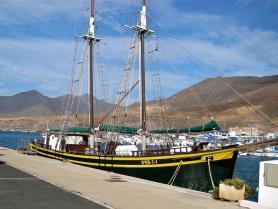 Přístav v letovisku Morro Jable, Fuerteventura